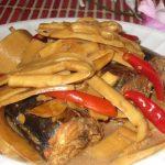 Cá nục kho măng ngon dễ làm