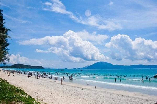 Bãi biển Hải Hòa-Thanh Hóa